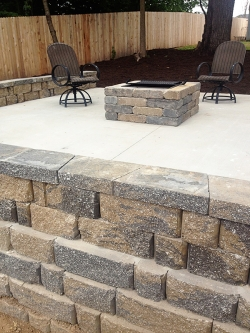Hardscape - Outdoor Firepit and Fencing