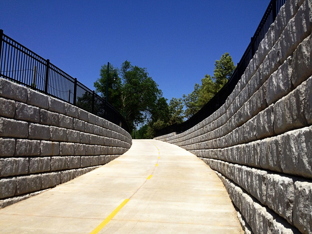 Commercial Retaining Walls 5